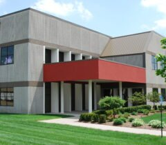 Industrial Property for Lease Michigan - Livonia Corporate Center Bldg 4 Ground Photo
